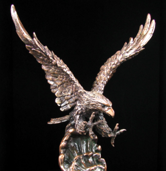 bronze-eagles-467LjX